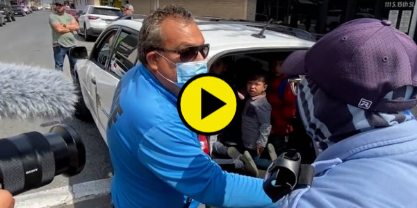 WATCH: Alex Jones Tries To Stop Smugglers From Illegally Transporting Children At The Border…